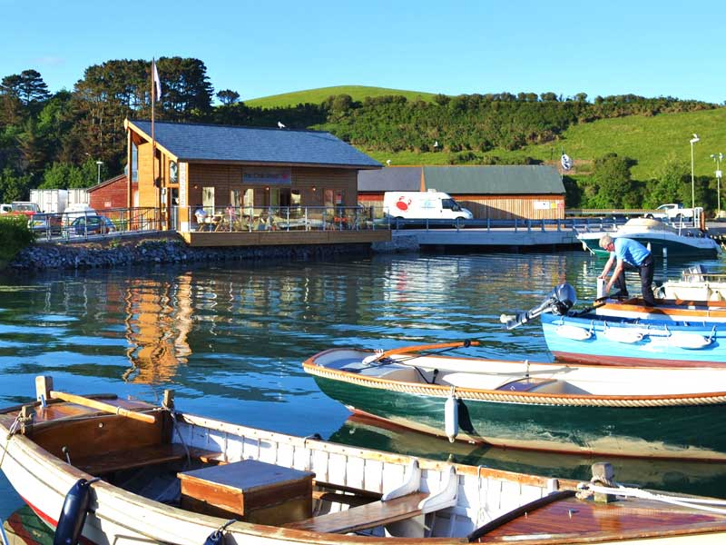 The Crab Shed Salcombe restaurant - waterside seafood dining