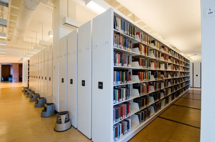 Powered Mobile Storage System University Book Storage Spacesaver.jpg