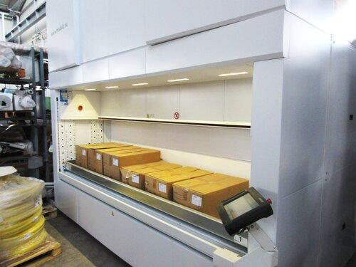 Trays within Modula Lift.