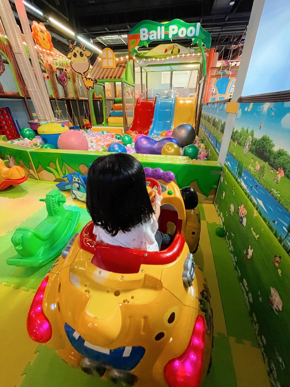 Indoor Playground at Paco FunWorld Kallang Wave Mall