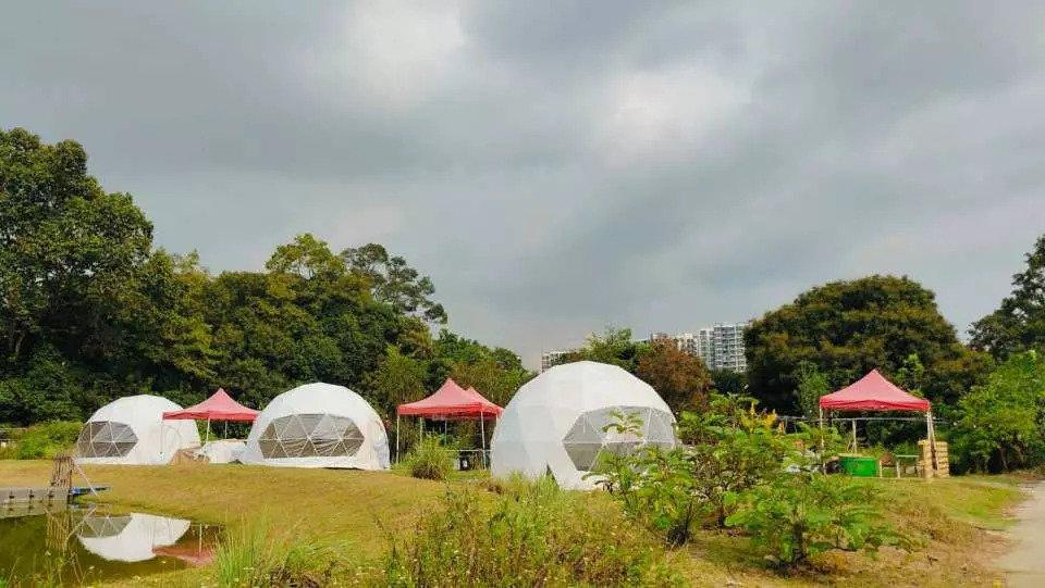 Luxury Dome Glamping at Orto Kampung Kampus