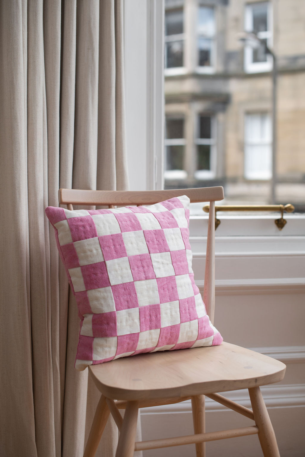 Studio Eldorado - Pink Chequered Cushion