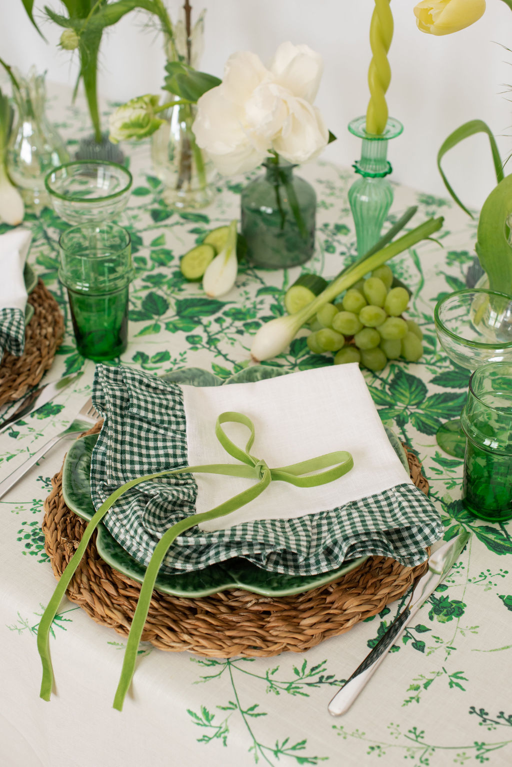 Flora Ruffle Napkin - Green Gingham