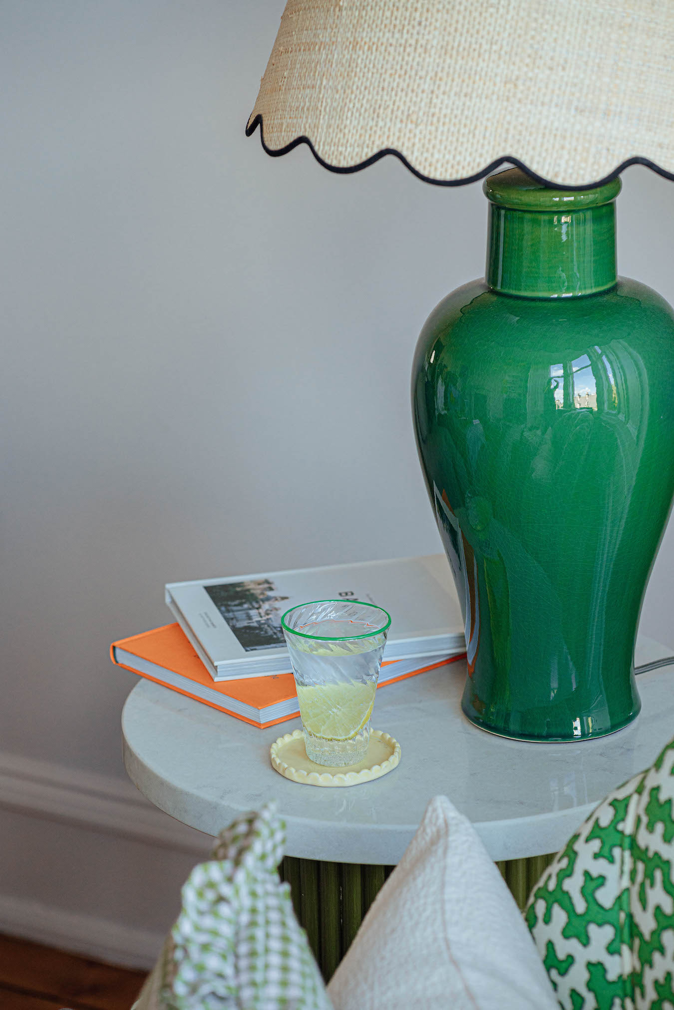 Coloured Rim Glass Tumbler - Green/Blue