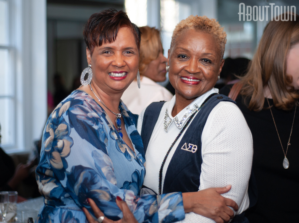Sherry McClaine, Joanice Thompson