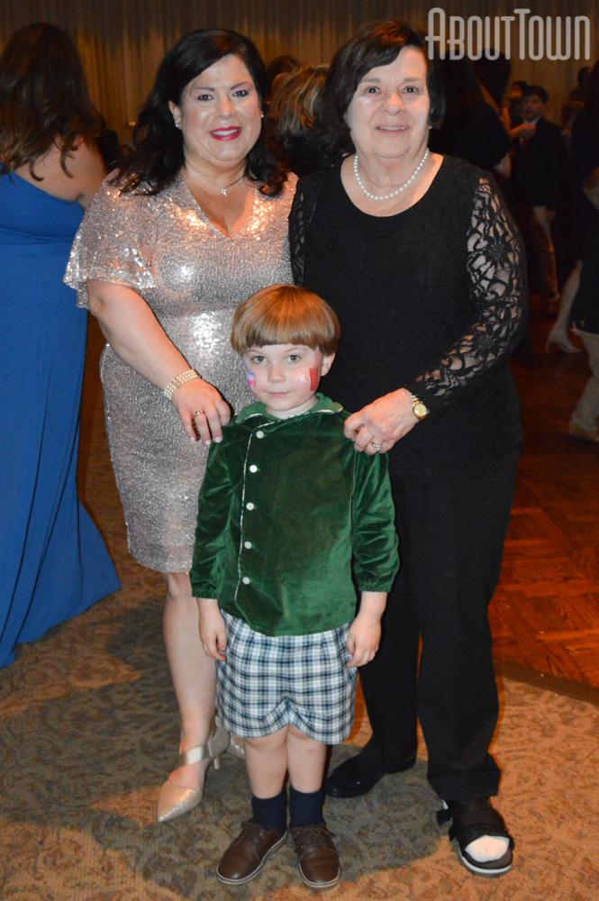 Dorothy Lyles, Jennifer Dowdle, Daniel Dowdle