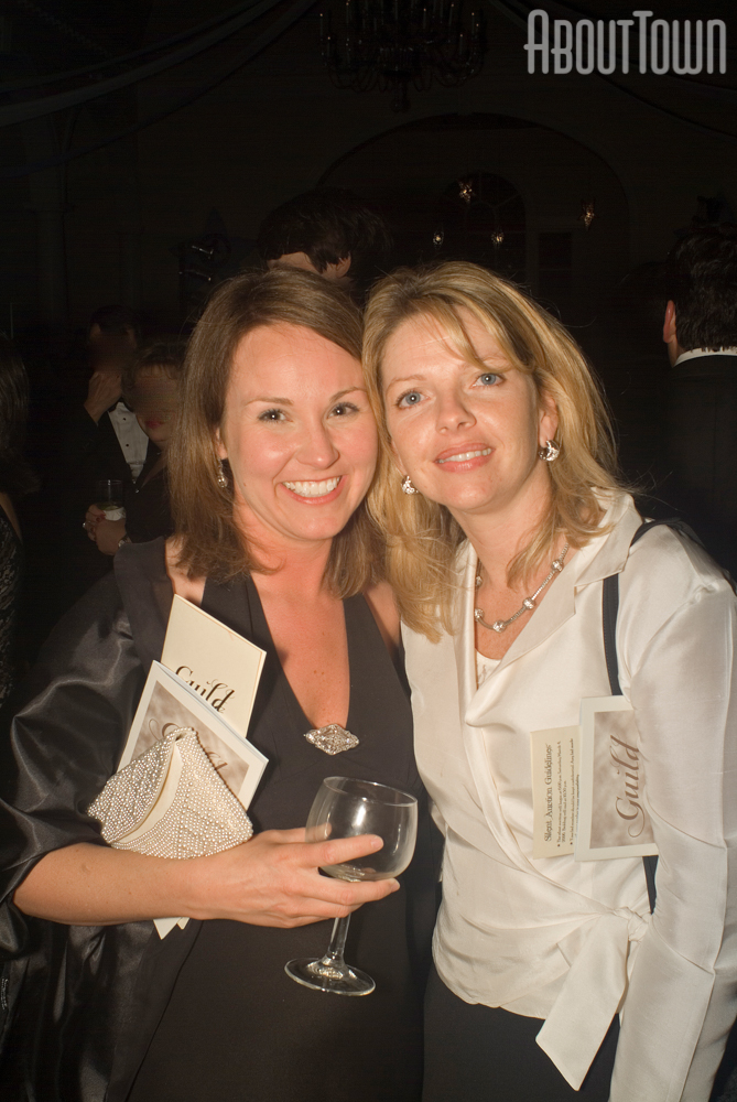 Amy Underwood, Tracy Menotti