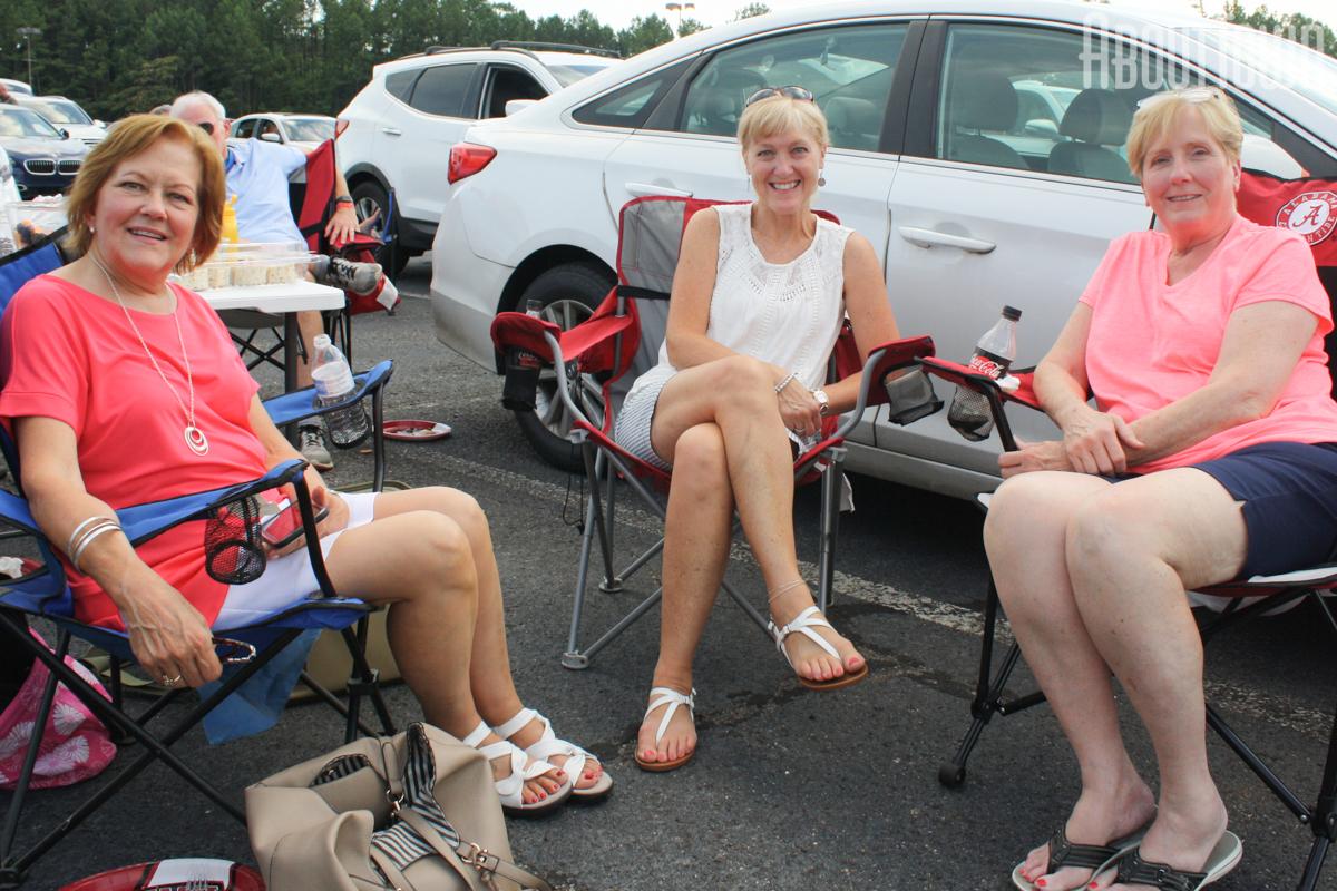 Jennifer Collins, Lynn Myrick, Robyn Harris