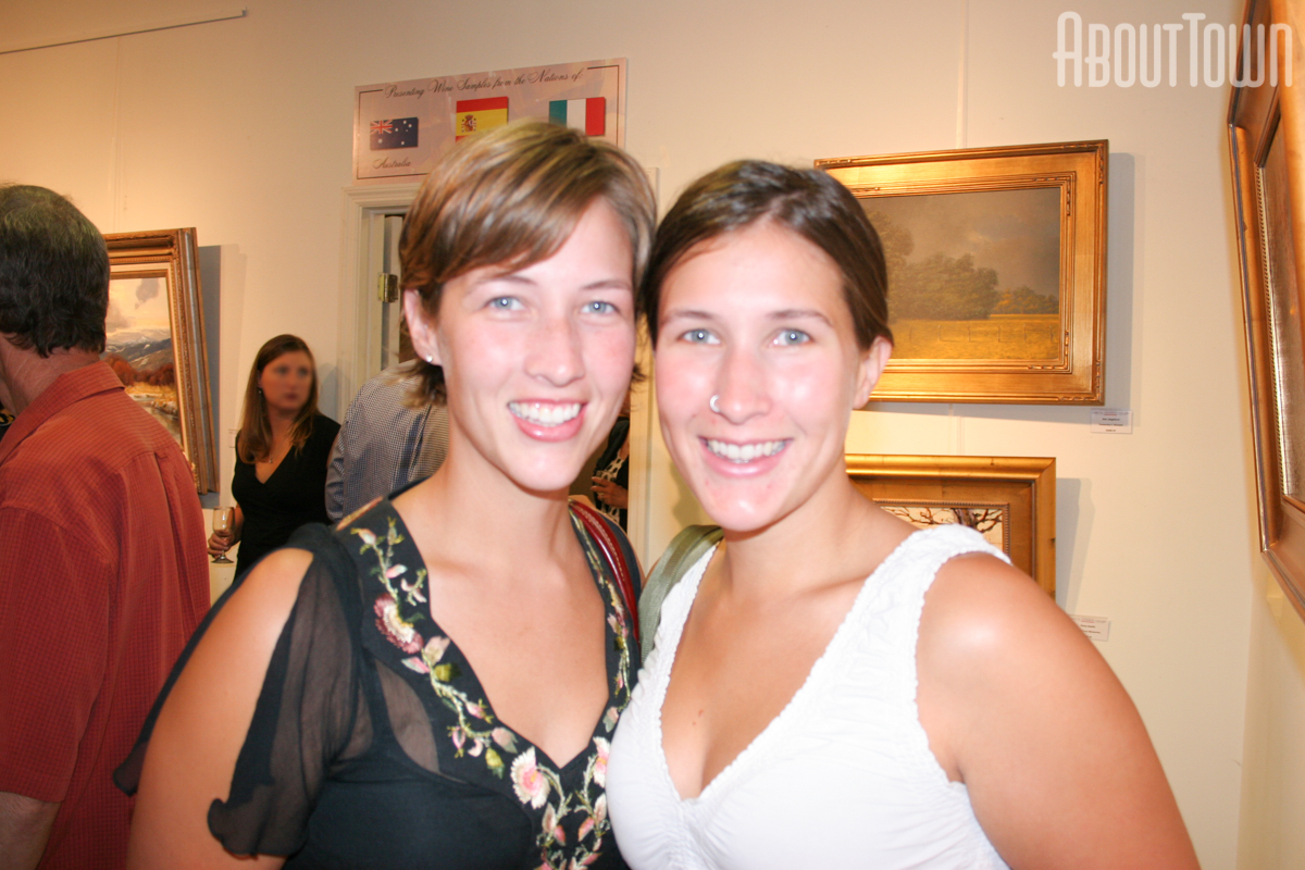 Kristin Whitten, Mandy Trowbridge
