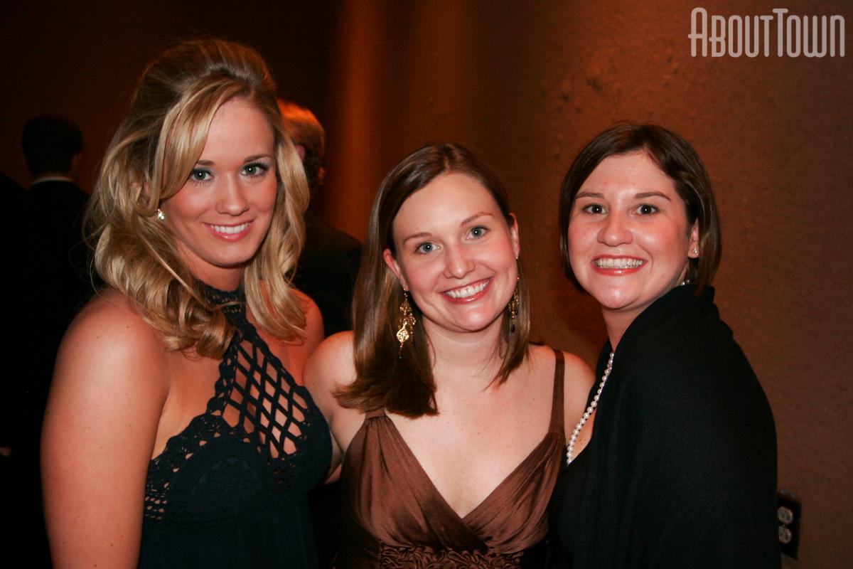 Taylor Robinson, Harmony Susnick, Kim Guest