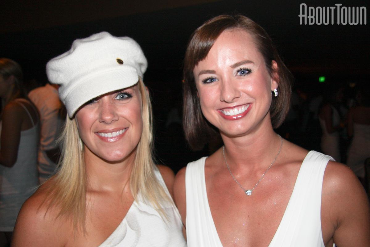Jennifer Shields, Paige Robinson