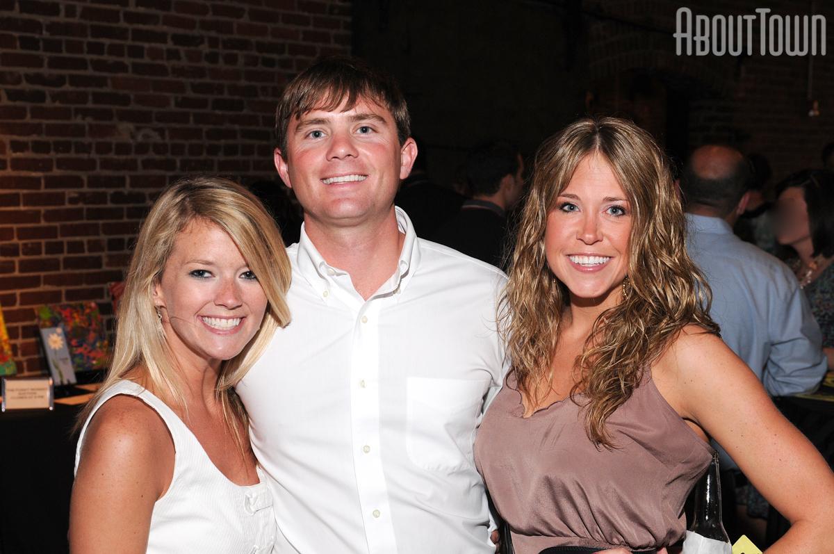 Sally Manning, Taylor King, Lindsey Hayes