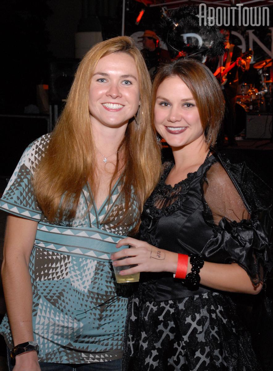 Angie Sanderson, Emily Peers