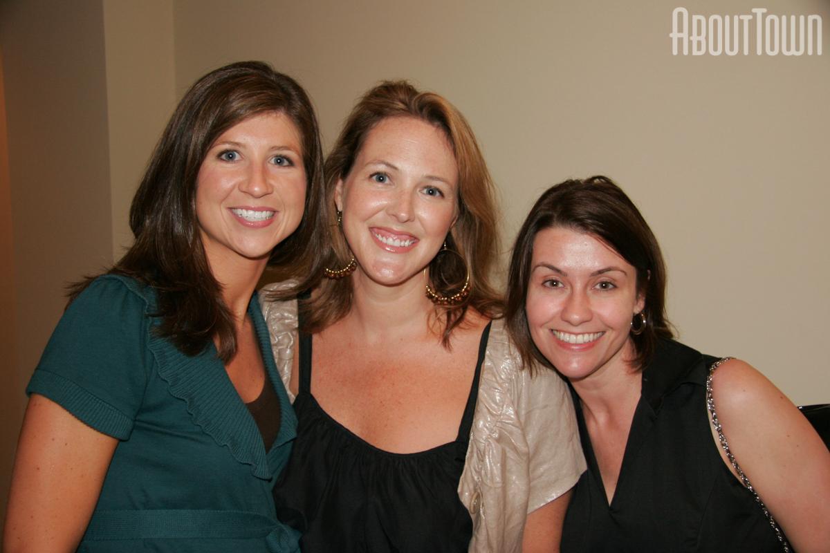 Carmen Poole, Celeste Jones, Glee Whitsett