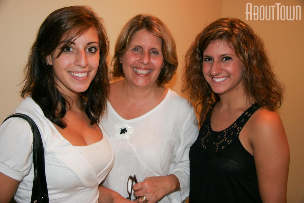 Stephanie Abrams, Gina Abrams, Marissa Abrams