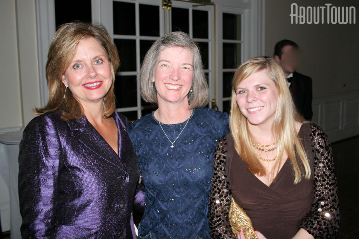 DeeDee Newton, Kelly Hammond, Caroline Davis