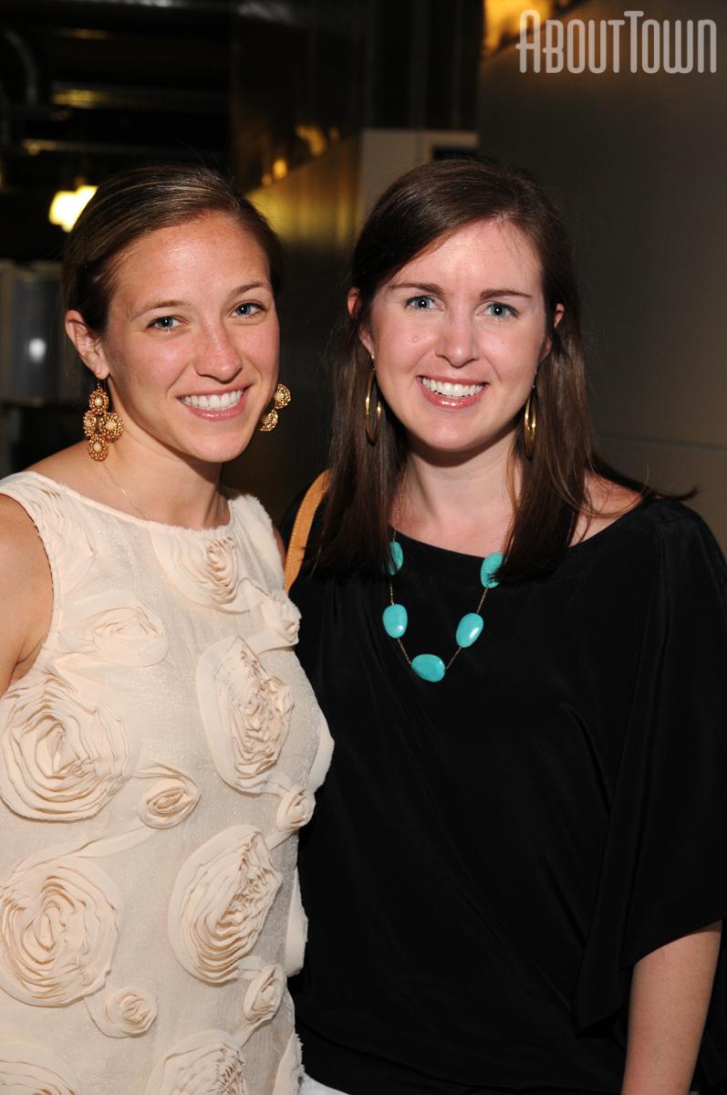Krista Dewitt, Lauren Davis