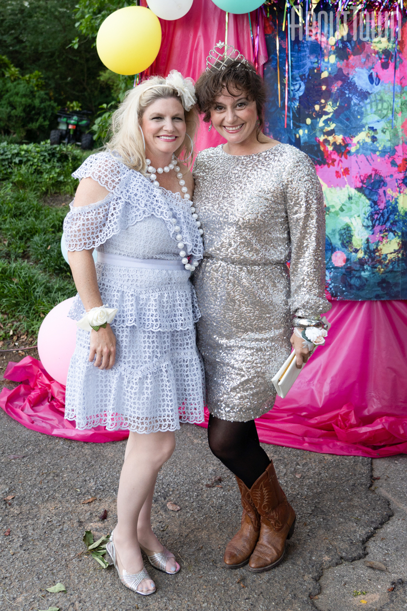 Lori Beth, Sally Williams
