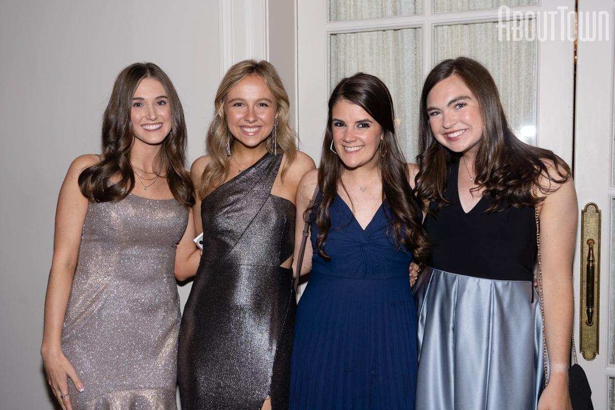Ashleigh Patterson, Sloen Zieverink, Maddie Wellbaum, Sarah Stephenson