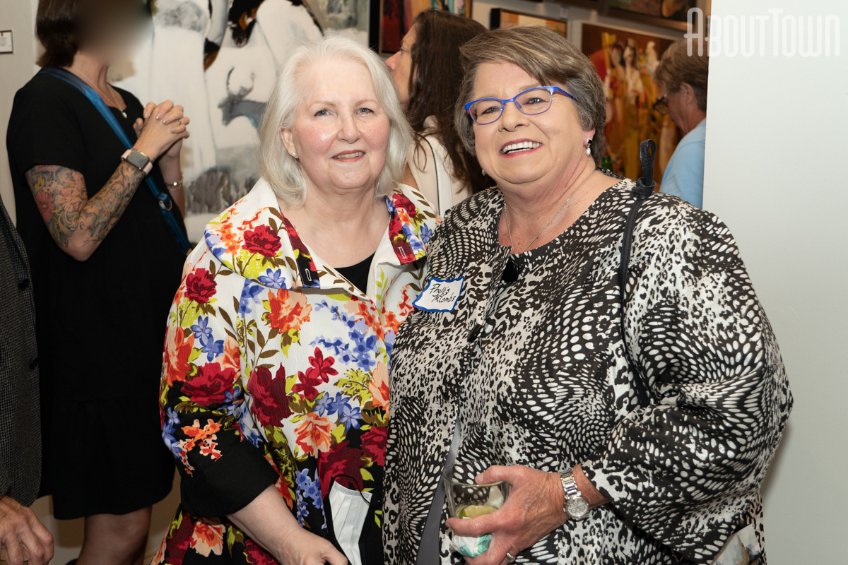 Beth Franklin, Phyllis McCombs
