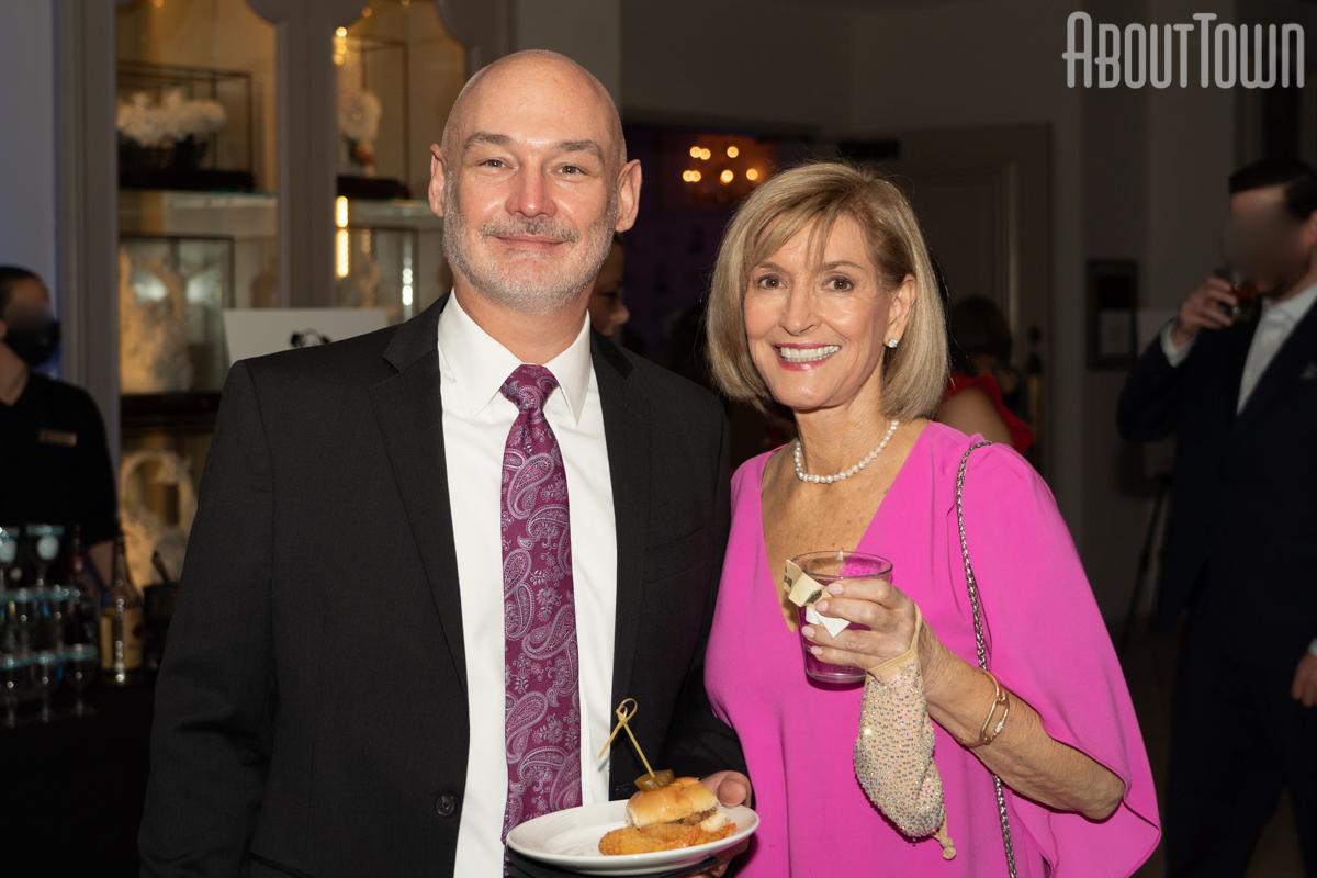 Rob Winters, Linda Ellen Price