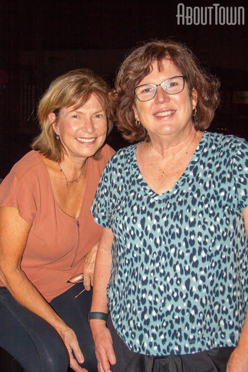 Kimberly Dennis, Paula Davies