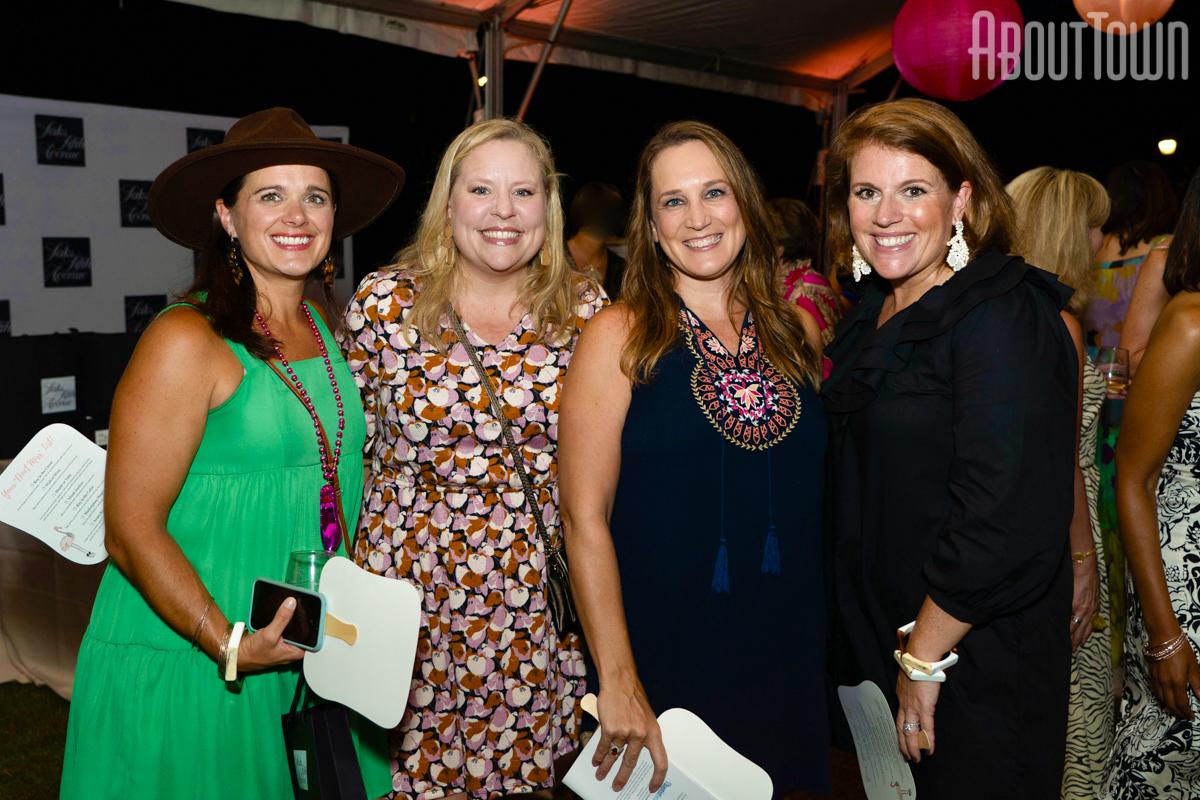 Jordan Elder, Courtney Cox, Jana Smith, Katie Steier