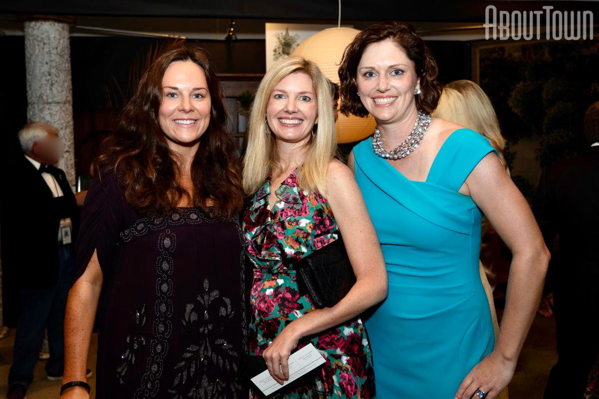 Lauren Marsh, Margaret Moore Porter, Lindsay Puckett