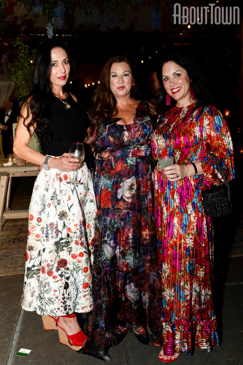 Laura Pitts, Amanda Shires, Jennifer Schoenberger