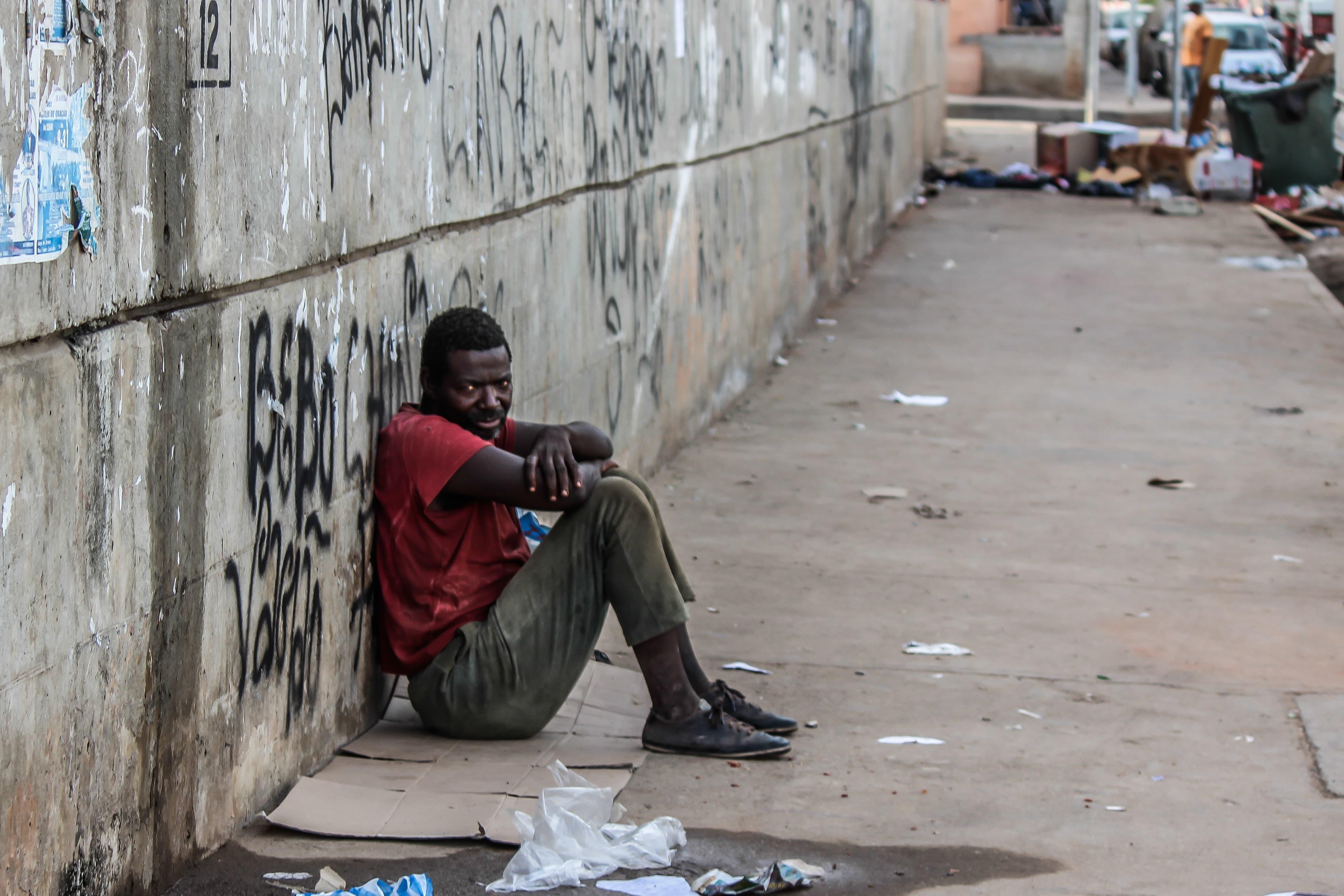 Segundo o IBGE, em 2019, o Brasil teve aumento do número de pessoas na miserabilidade: 13,5 milhões de pessoas vivem em condições sub humanas.