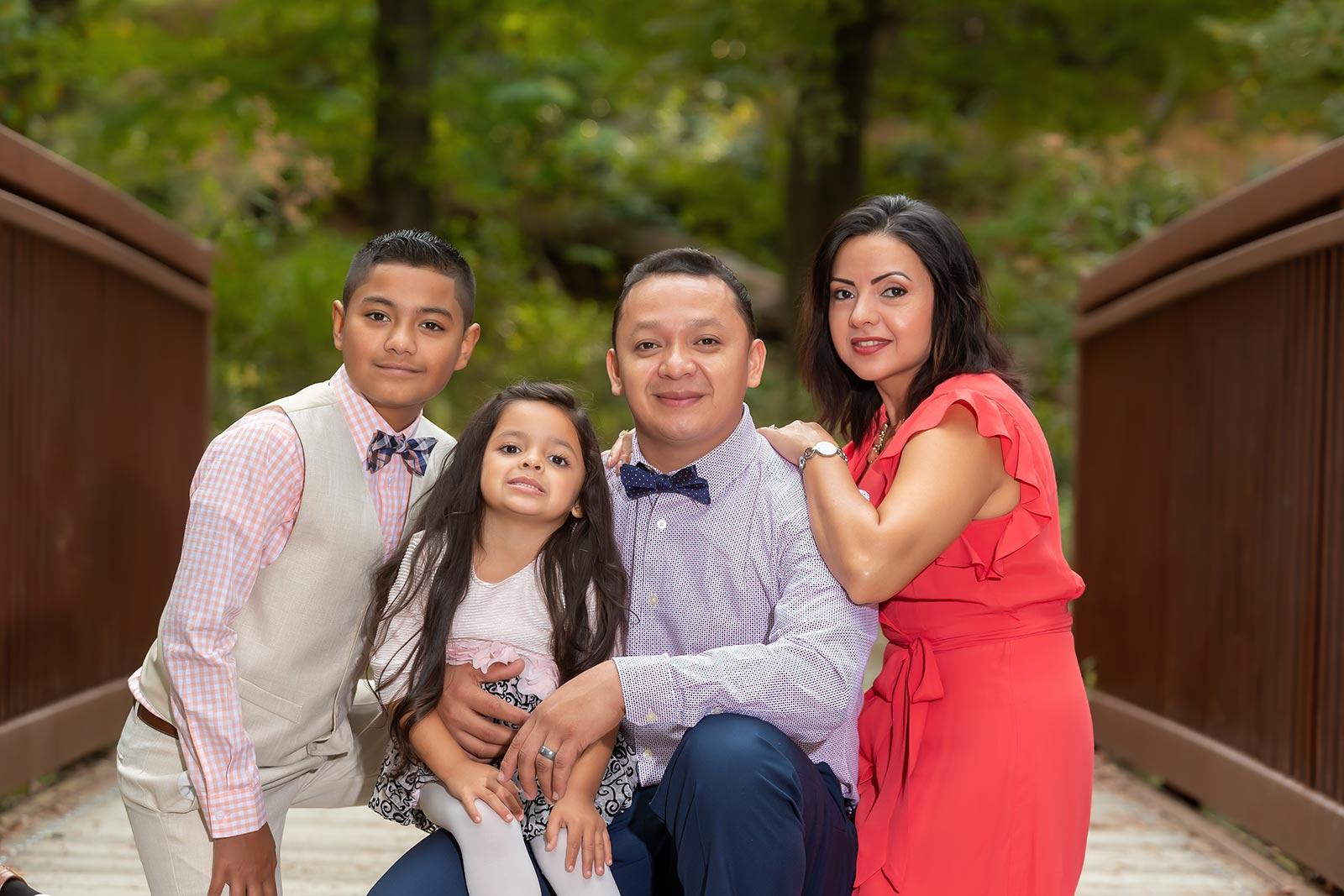 Lifestyle family photography at the Green Spring Gardens, Alexandria VA
