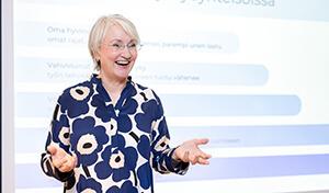 Leena Pennanen - Hyväksyvän tietoisen läsnäolon flow