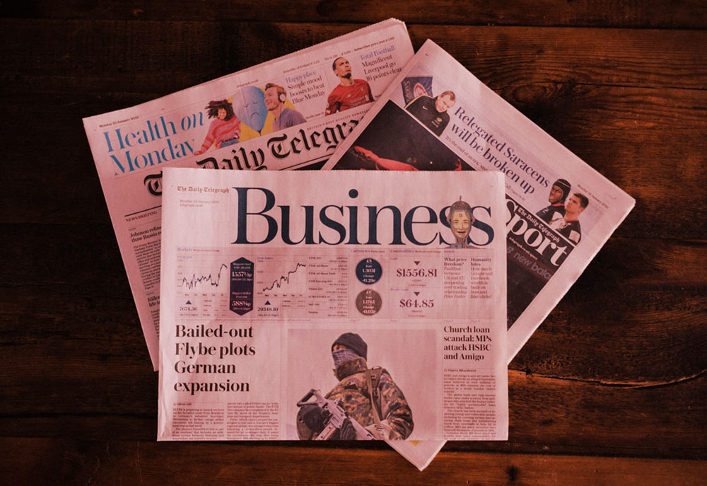 In This Week's News, we welcome Amazon's decision to allow customers to follow and communicate with companies, Bloomberg's very own ad platform named Bloomberg Iris, and statistics surrounding U.S. spending for digital video.