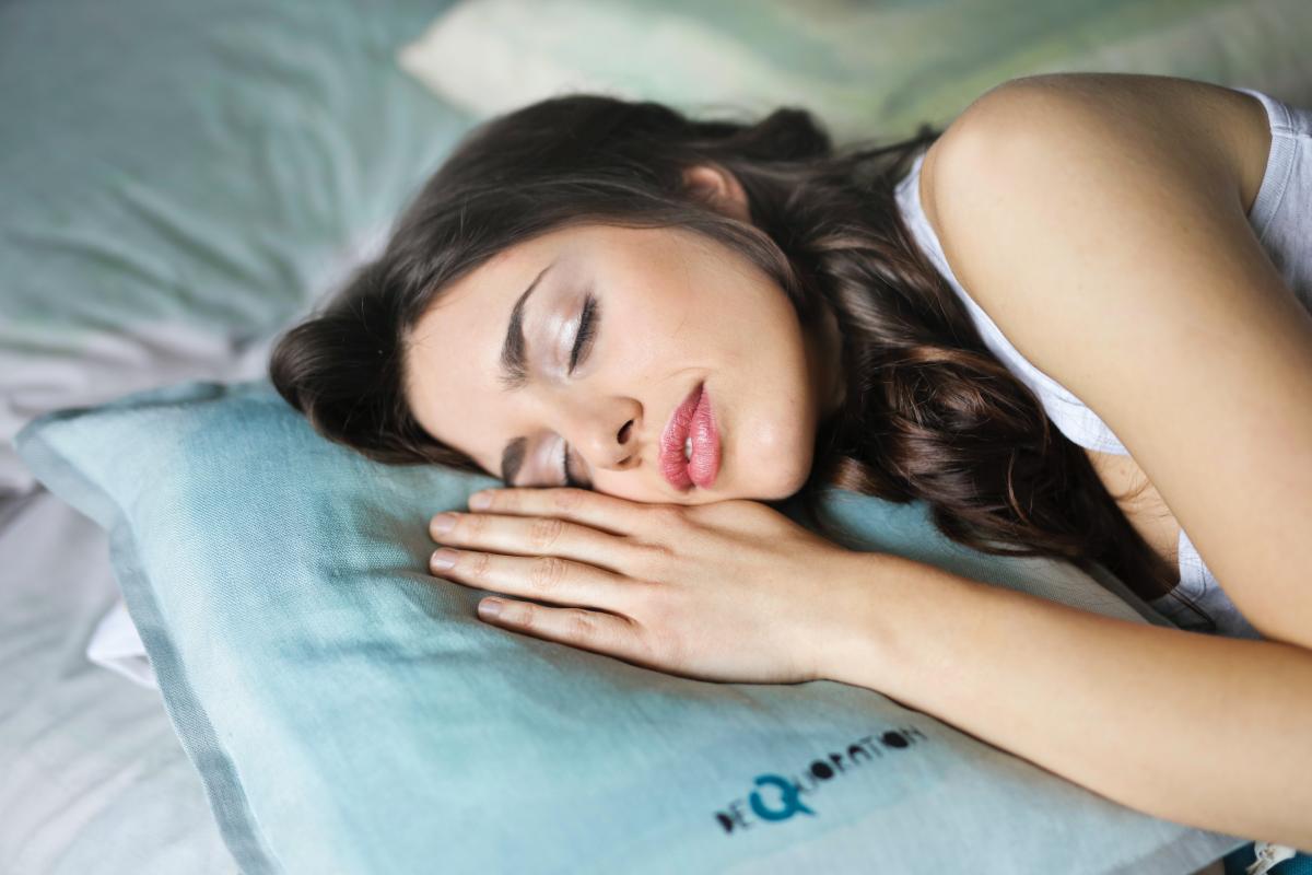 Sleeping woman with epilepsy and sleep problems