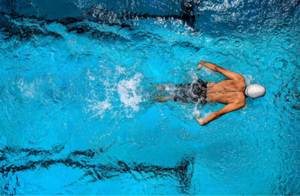 Man swimming with epilepsy in a pool