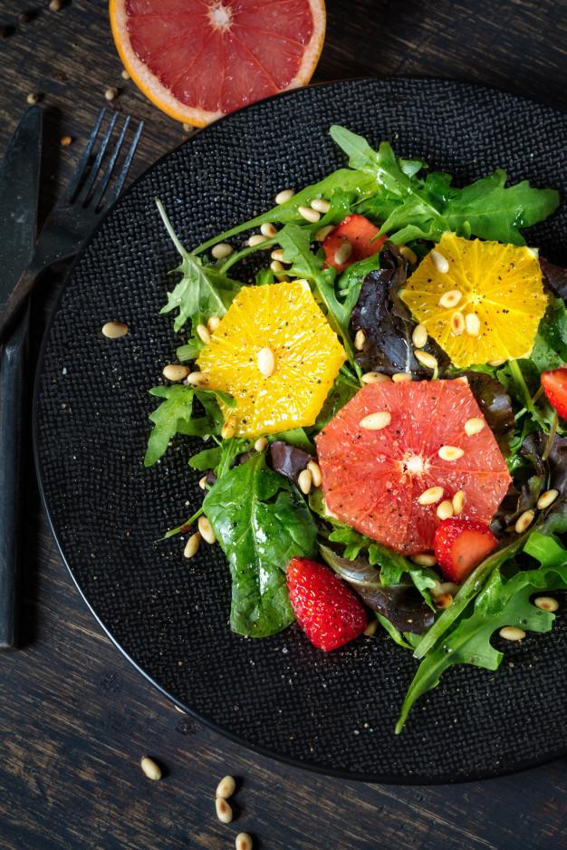 Ensalada de Arúgula con Cítricos y Granola