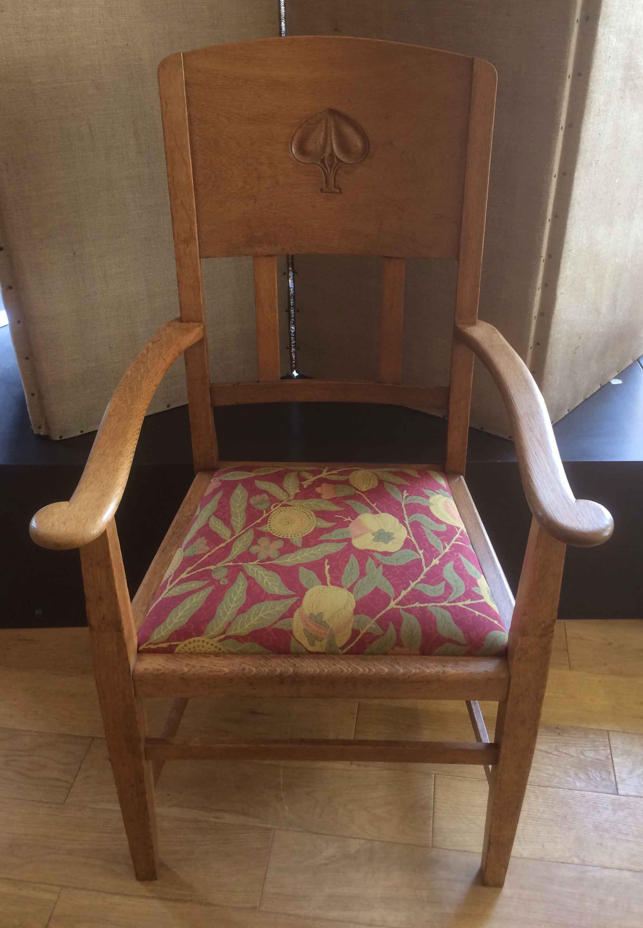 Arts and crafts oak carver chair