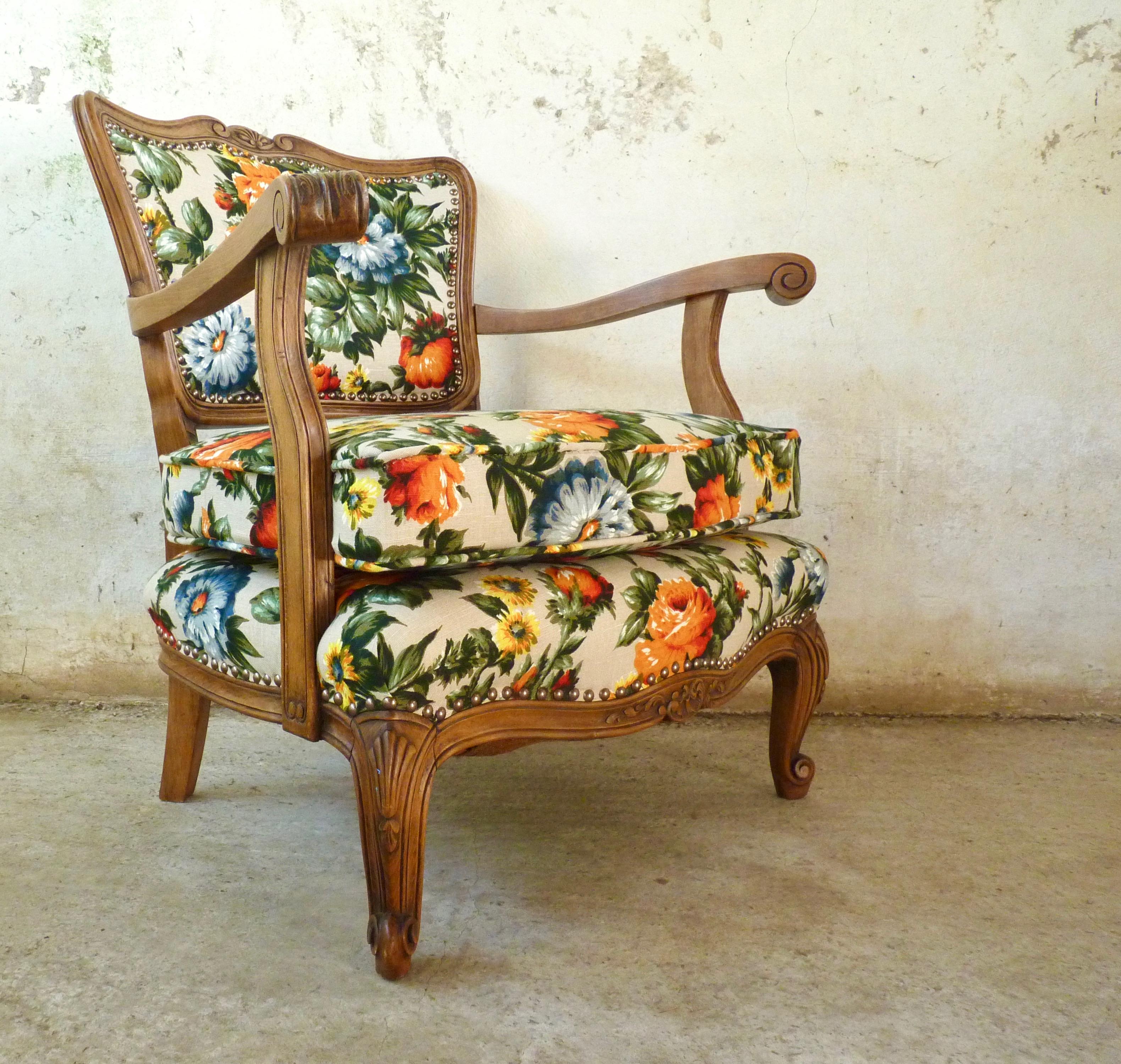 Vibrant decorative French salon chair