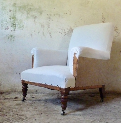 English armchair with turned oak legs