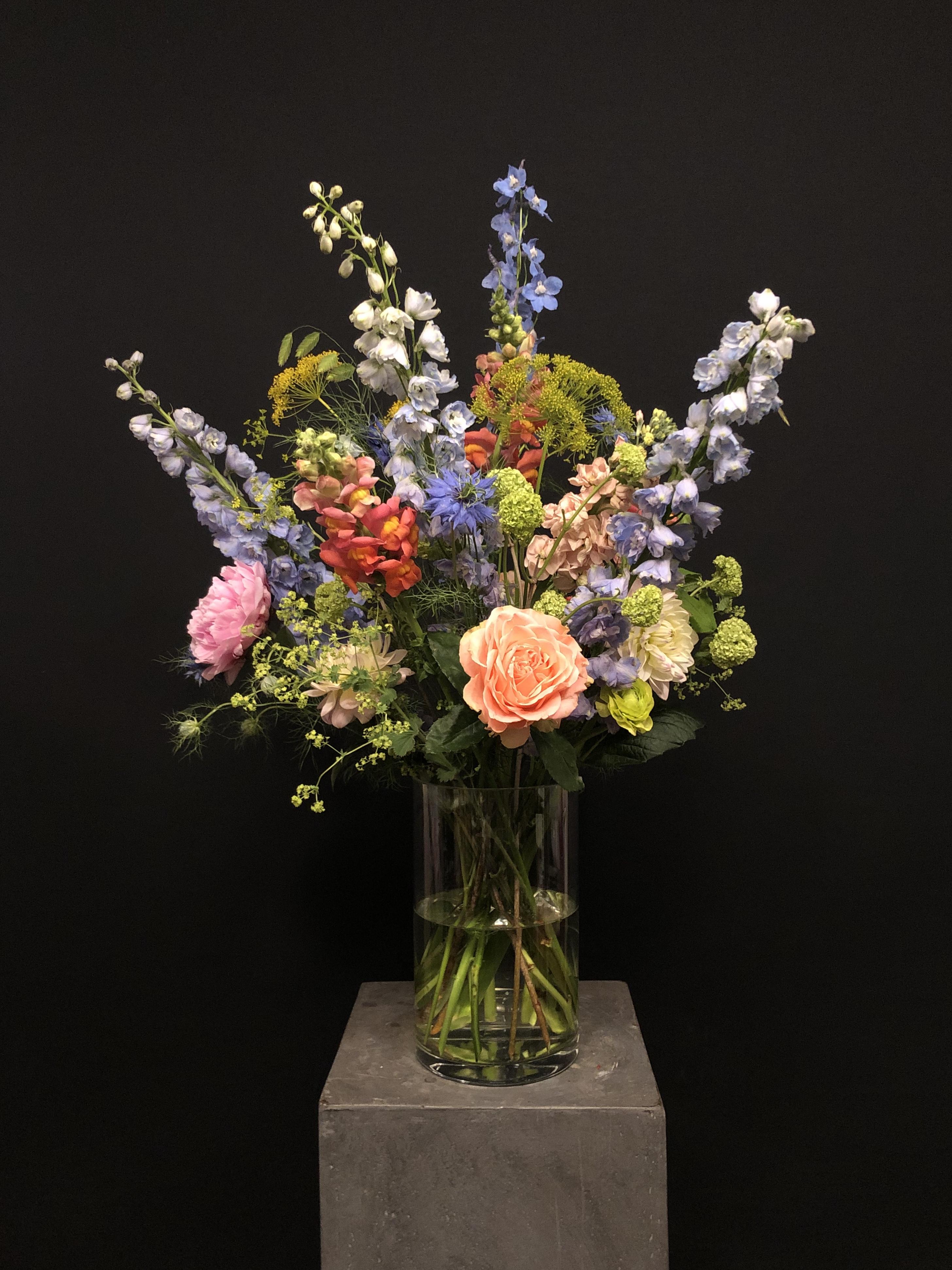 Ramo de flores con Jarrón L