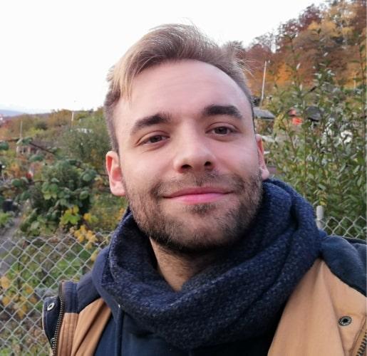 Our tutor Thomas small