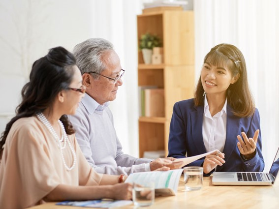 16 Things to Know Before Signing a Contract with Your Employment Agency for a Caregiver