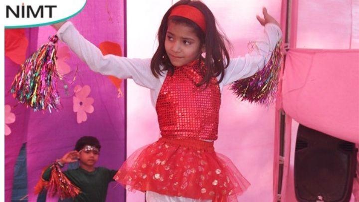 girl dancing at annual fest at nimt school avantika ii ghaziabad