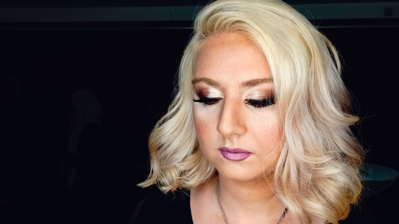 Apa Yang Membedakan Harga Salon Eyelash Extension?
