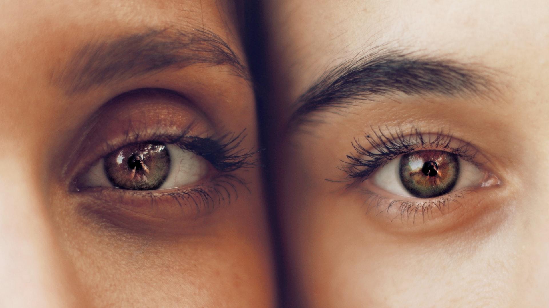 6 Rekomendasi Serum Pelentik Bulu Mata Terbaik