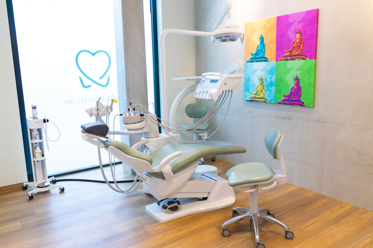 dentist1 Zahnarzt Bremen Behandlungszimmer