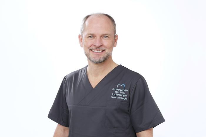 Dr. med. dent. Wolfgang Pfannenstiel, MSc. Msc. Implantologie/Paradontologie