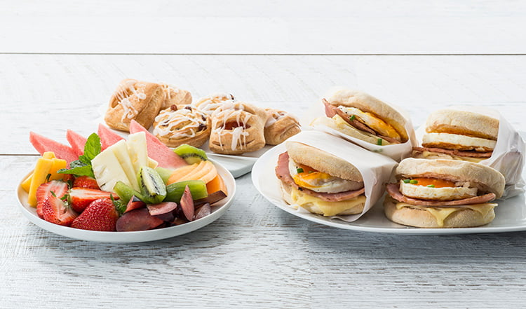 breakfast catering is a cheap and cheerful lunch catering option