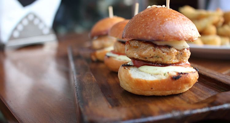 delicious mini burger sliders - melbourne corporate catering trends