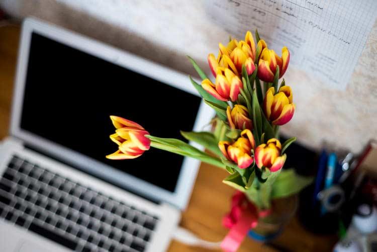 show staff appreciation with flowers